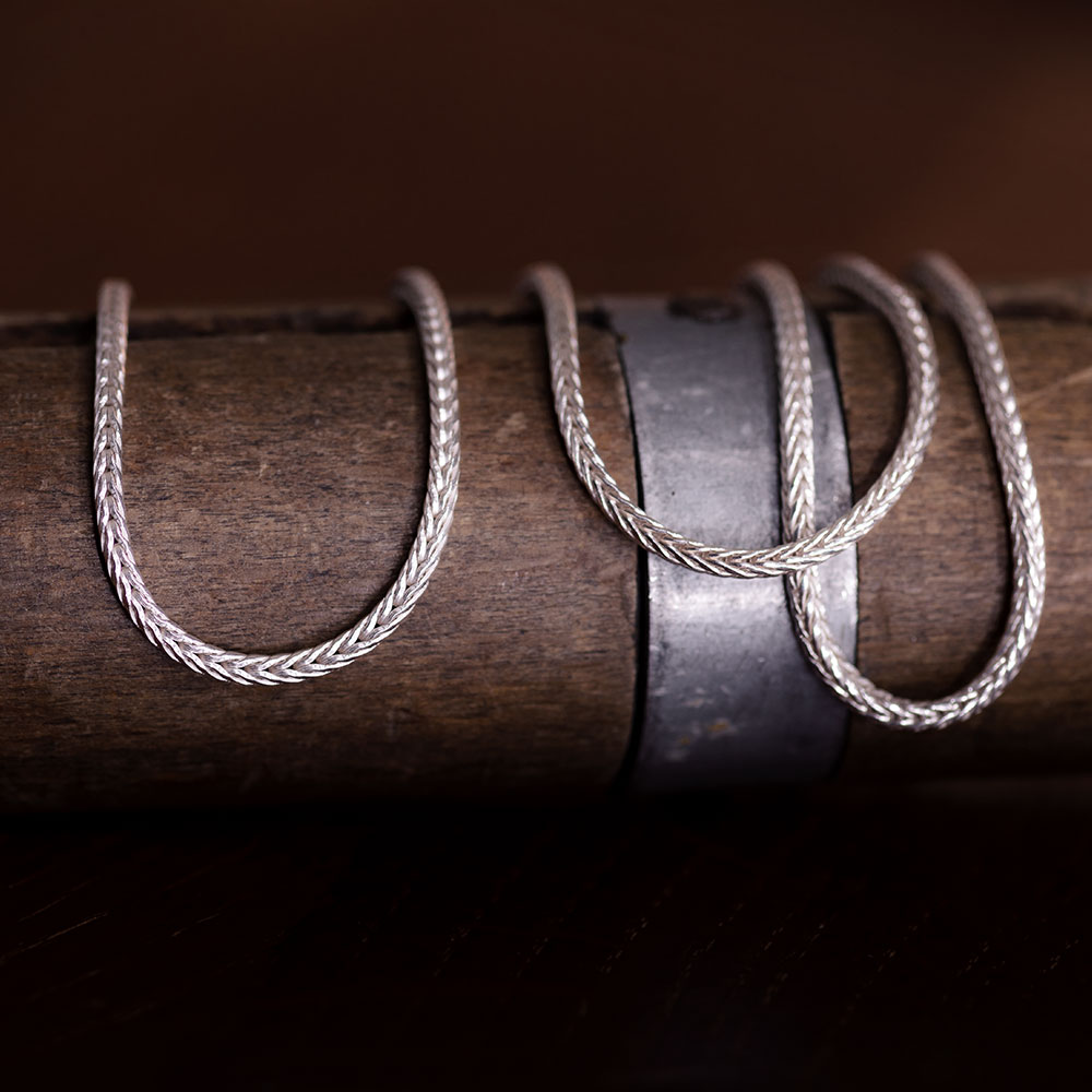 Das kleine KRA | Fuchssschwanzkette Silber Detailaufnahme